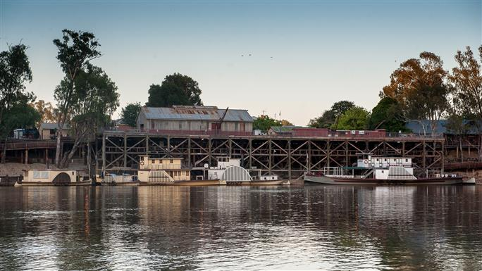 port-of-echuca - site of the meeting of the whistles